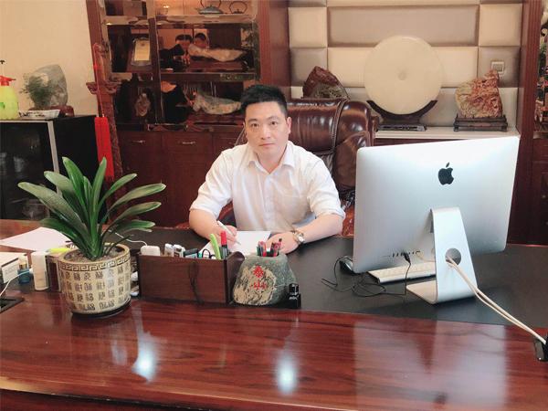 常务副会长:陈辉